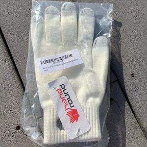 NWT: TOUCH SCREEN MITTEN GLOVES OFF-WHITE & GREY